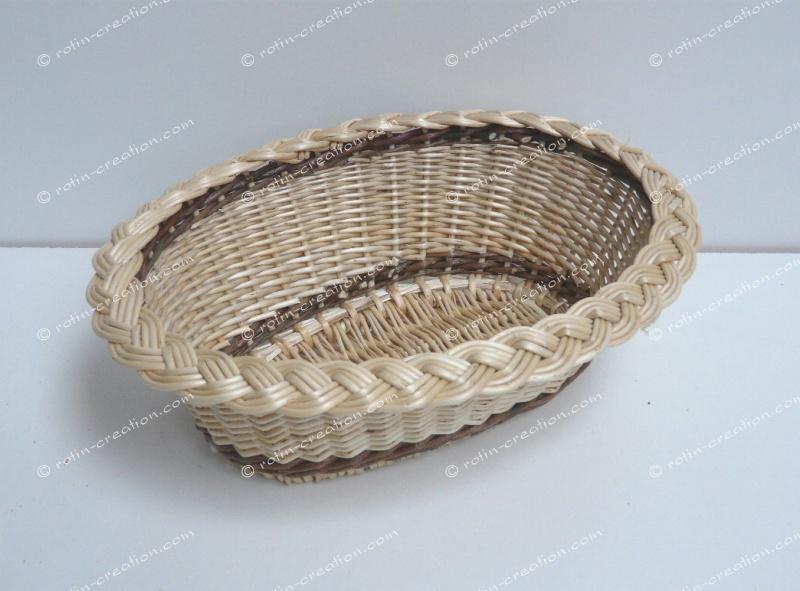 corbeille ovale nattee en osier corbeille pour le pain ou vide poche. Black Bedroom Furniture Sets. Home Design Ideas