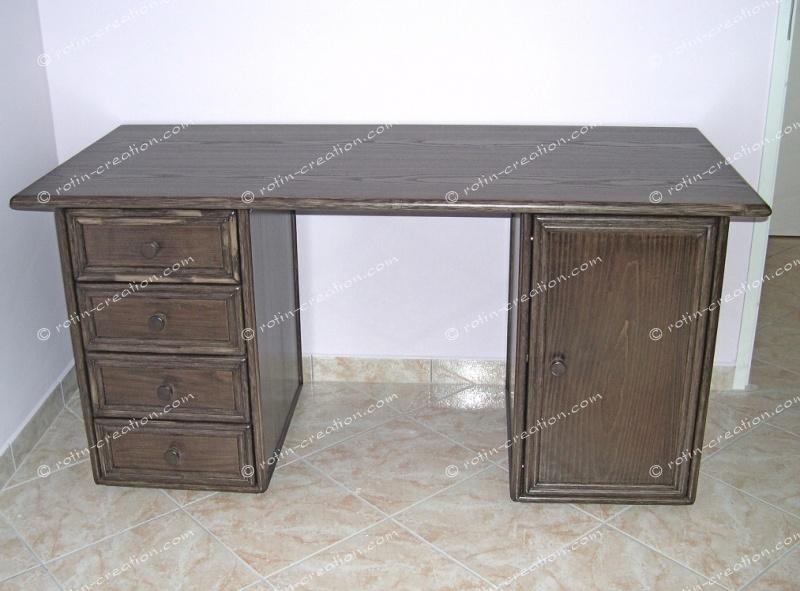 Bureau flumet 4 tiroirs 1 porte bureau avec 1 bloc 4 for Bureau 4 tiroirs