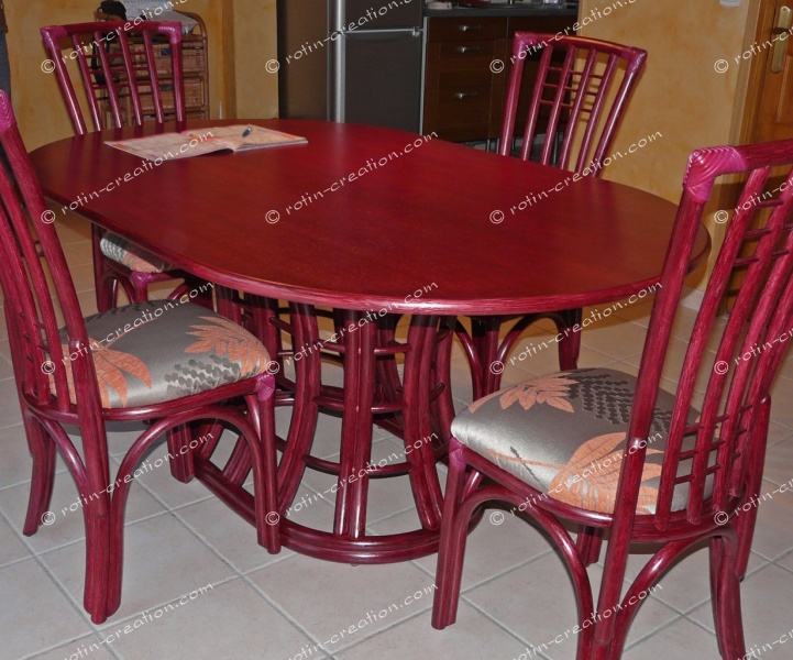 Table saint cyr ovale avec 1 allonge table ovale dessus for Table ovale allonge
